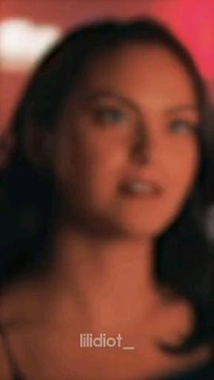 Riverdale Funny, Riverdale Memes, Riverdale Cast, Riverdale Betty And Veronica, Veronica Lodge Riverdale, Cole Sprouse Shirtless, Cole M Sprouse, Lilli Reinhart, Riverdale Aesthetic