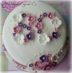 Birthday Cake Decoration For Women Tea Parties 47 Ideas For 2019 70th Birthday Cake Mum, Birthday Cakes For Women, Birthday Ideas, Gateaux Cake, Birthday Cake Decorating, Just Cakes, Novelty Cakes, Occasion Cakes, Fancy Cakes