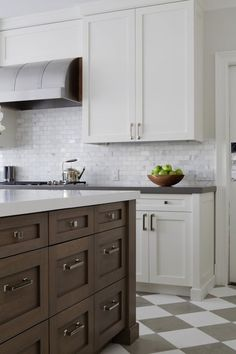 Suzie: Foley & Cox - Gorgeous two-tone kitchen design with crisp white shaker kitchen cabinets ...