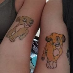 And these Lion King lovers who have no worries: | 21 Adorable Couple Tattoos Inspired By Disney