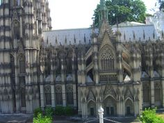Cathedral of Cologne, side view!