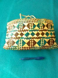 Flax woven Kete for sale on Trade Me, New Zealand's auction and classifieds website Flax Weaving, Basket Weaving, Woven Bags, Maori Designs, Maori Art, Kite, New Zealand, Weave, Projects To Try