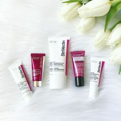 I am SO missing these products. Nothing has ever worked better for my stretch marks and wrinkles. 🙌🏽 @strivectin  #strivectin #skincare #skincareblogger #stretchmarks #wrinkles #skin #esthetician #love #tulsa #oklahoma #tulips #flowers #oklahomablogger #tulsablogger #breastfeeding #momlife #allwhite #givememore #eyecream #nightcream #serum #brokenarrow #blogger