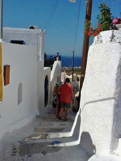 Walking Finikia Lanes