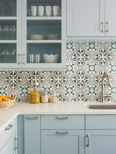100+ Inspiring Traditional Kitchen Designs