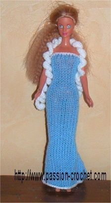 Barbie knit and crochet party dress Barbie Knitting Patterns, Barbie Patterns, Crochet Doll Pattern, Knit Crochet, Crochet Party Dresses, Crochet Evening Dresses, Dress Party, Crochet Barbie Clothes, Doll Clothes