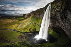 Seljalandsfoss by KristjánFreyr, via Flickr