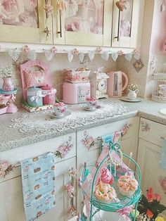 20 Shabby Chic Kitchen decor ideas for 2019 - Hike n Dip