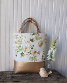 Floral Tote Bag Oversized Totebag Cottage Rose by JannysGirl Romantic Girl, Floral Tote Bags, Summer Handbags, Rose Cottage, Home Decor Fabric, Luxury Bags, Spring 2016, Spring Time, Purses And Bags
