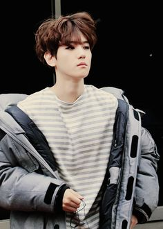 AM BACKKKK and a lot of things happened to me life while I was gone so...yeah :p  for the time being here's a picture of baekhyun  cr to; owner 9