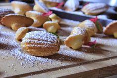 Pasticcini Madeleine: la ricetta originale che ci farà sentire a Parigi in un attimo - http://www.chizzocute.it/pasticcini-madeleine-ricetta-originale-parigi/
