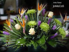 Table Flowers, Big Flowers, Tropical Flowers, Colorful Flowers, Cemetery Decorations, Altar Decorations, Flower Decorations, Church Flowers, Funeral Flowers