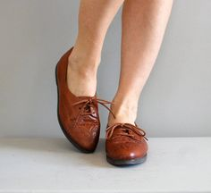 1980s leather oxfords. $34