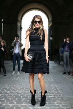 Google Image Result for http://media.onsugar.com/files/2011/03/12/3/663/6633528/204faf21756a5cac_4c83c32370783394_16-anna-dello-russo-paris-fashion-week-2010-street-style.jpg