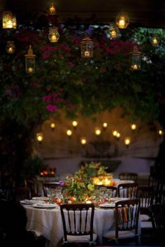 candlelit dining in the garden