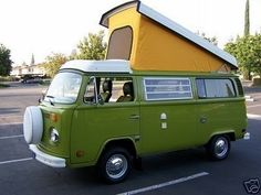 1977 vw westfalia camper bus: Used to have one (orig green, mine was black) and I will have one again! Stove, sink, fridge, sleeps 4... Awesomr,