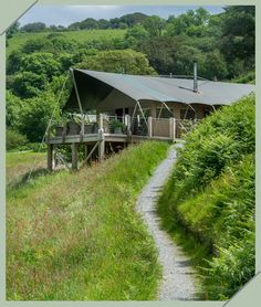 Gorgeous safari lodge (but with loos and bathroom!) in North Devon