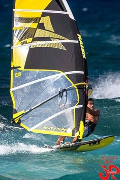 Another shot of Robby Naish ripping some waves at Ho'okipa Beach Park with some test slalom gear