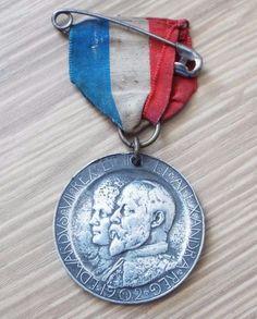 King Edward VII & Queen Alexandra 1902 Borough of Leicester Coronation Medal