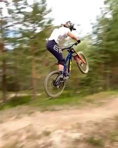 Moutain Bike, Mountain Biking, Bike Freestyle, Wow Video, Downhill Bike, Gif 2, Different Sports, Ride Or Die, Bmx