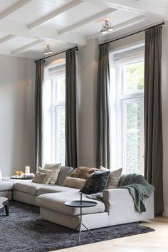 Luxury Living: Luxe zitbank in woonkamer inrichting | woonkamer i...