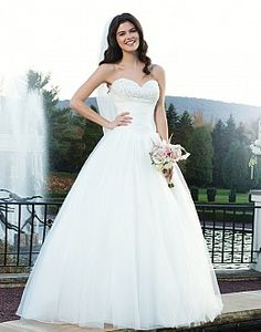 Sincerity 3752  from Bridal Shop Romford 01708 743999 www.bridalshopltd.co.uk