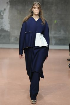 Marni RTW Fall 2014 - Slideshow - Runway, Fashion Week, Fashion Shows, Reviews and Fashion Images - WWD.com