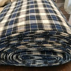 Rare large roll of kelsch homespun pure linen from 1900 Traditional Fabric, Hand Spinning, Blue Fabric, 16th Century, Hand Weaving, Pure Products, Antiques, Design, Tartan Plaid