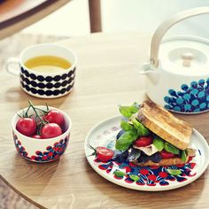 Marimekko Merivuokko Salad Plate - New Arrivals