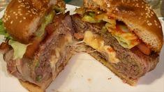 Esta hamburguesa rellena de camarones es monstruosa en tamaño y sabor.  Deléitate con su delicioso sabor. Hamburguesa rellena de camarones y queso que te hará chuparte los dedos.  Click a visitar para ver mas detalles y los ingredientes completos Relleno, Queso, Hamburger, Sandwiches, Ethnic Recipes, Food, Stuffed Burgers, Recipes, Fingers