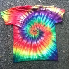 Tie Dye Shirts | 16 Crafts You Loved Making As A Kid