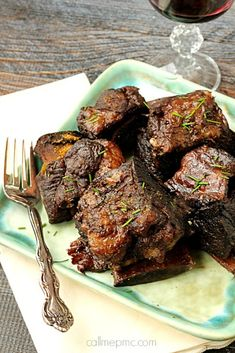 Beef - Braised Short Ribs are the Best Damn Short Ribs you'll ever have! These short ribs are cooked in red wine until falling-off-the-bone tender! Rib Recipes, Cooker Recipes, Braised Short Ribs, Braised Beef Ribs Recipe, Grilled Short Ribs, Def Not, Beef Dishes, Delish, Grilling Recipes