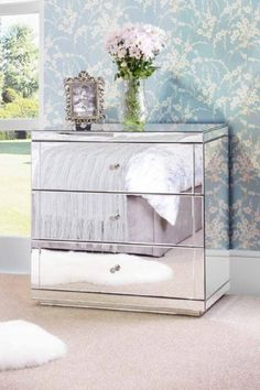 CHELSEA FLAVIA Mirrored Chest 3 drawers with Plinth - MY-FURNITURE by My-Furniture, http://www.amazon.co.uk/dp/B006HGQJP6/ref=cm_sw_r_pi_dp_xyGUtb00QYAHR