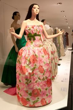 (2) Twitter Strapless Dress Formal, Formal Dresses, One Shoulder, Twitter, Hair, Beautiful, Fashion, Dresses For Formal, Moda
