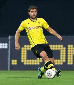 Sokratis Papastathopoulos - Borussia Dortmund (Germania) World Cup, Churros, Croissant, Sports, Game, European Football, Greece, Borussia Dortmund, Football Soccer
