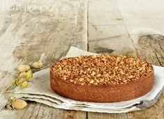 Encore une tarte, oui, l'automne nous fait toujours cet effet là, une énorme envie de chaleur et de douceur quand on rentre de la cueillette...