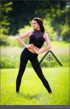Fun dancer senior picture. Love the pose. #arisingimages #dancer #seniorpics #ballet #photoshoot #edgy