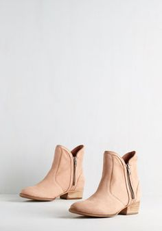 Lucky Penny Bootie in Soft Pink