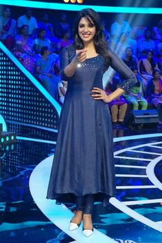 Cute Nyla Usha in blue kurti Salwar Designs, Simple Kurti Designs, Kurta Designs Women, Kurti Designs Party Wear, Latest Kurti Designs, Dress Neck Designs, Blouse Designs, Indian Designer Outfits, Designer Dresses