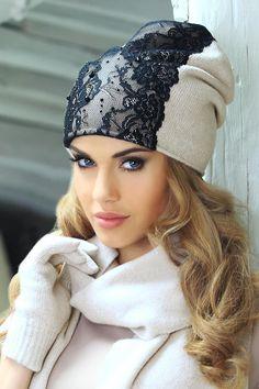 #Kamea Konstancja - Koronka i dzianina <3  Niesamowite połączenie. Sprawia, iż zwykła czapka nabiera mega uroku. Jaka jest Waszym zdaniem? #czapka #zima #jesien #moda Hijab Fashion, Diy Fashion, Fashion Outfits, Womens Fashion, Fancy Hats, Cute Hats, Knitted Hats, Crochet Hats, Sweater Hat