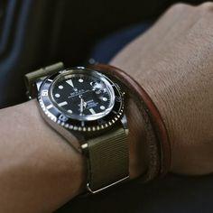 Ya i'd take this one! Rolex Wrist Watch, Modern Watches, Nato Strap, Mens Gear, Vintage Rolex, Sport Watches, Ring Necklace, Omega Watch, Rolex Watches