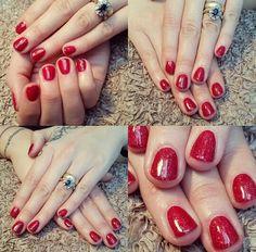 #cnd #shellac on #natural #nails in #hollywood layered with #nordiclights #rednails #redsparklynails #festivenails #xmasnails #christmasnails #nailsofpinterest #notd #nailsoftheday #nailart #nailfashion #nailstyle #nailtrends #freelance #nailtech #southport #uk #nailsbysian