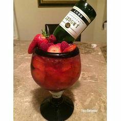 """Drunk in Love"" strawberries, strawberry vodka, champagne (malibu drinks tipsy bartender)"
