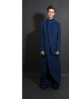"""Xue Feng graduate collection """"Findding Love – A Wonderful Trip of Identifying Yourself"""""""