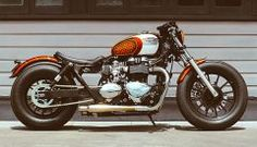 'Dirty Rascal' Triumph America Bobber - Wenley Andrews