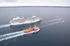 CRYSTAL SERENITY BECOMES LARGEST CRUISE SHIP TO ENTER NORTHWEST PASSAGE