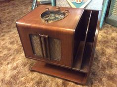 Zenith 7S240 Armchair Tube Radio With The Shutter Dial. Completely Restored