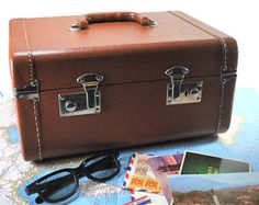 Vintage Travel Train Case, Vanity Case, Travel Toiletry Luggage, 1950's Train Case, Canada