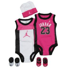 Amazon.com: Jordan Baby set by Nike Perimeter for Boys and Girls Red, 0-6 Months: Clothing