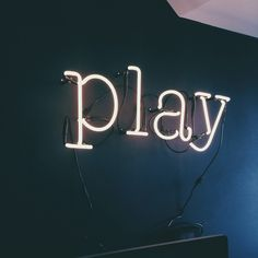 PLAY #SELETTI #NEONFONT